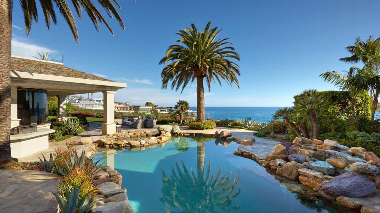 Laguna Beach hard money lender - beachfront homes 2